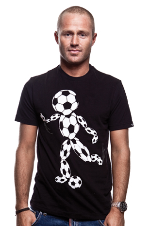 Football Head T-Shirt // Black 100% cotton